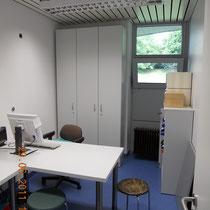 Krankenhaus Herrenberg Physiotherapie - Nebenraum als Büroraum nach Umbau genutzt