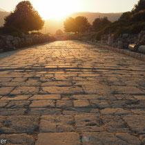 Xanthos: Noch gut erhalten ist die Römerstraße vom Theater zur Basilika