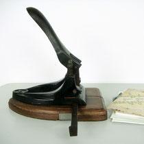Antiker Bürolocher um 1890  1900