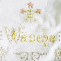 Handbestickter Jugendstil Wäschebeutel