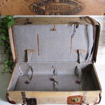 Antiker Mädler Reisekoffer mit Leinenbezug um 1880