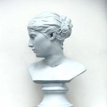 Gipsbüste Carl Schlüter: Agathe Schlüter 1880