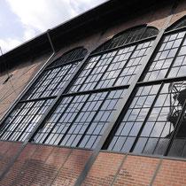 Fassade der 1903 erbauten Zentralmaschinenhalle. Die Maschinenhalle war eines der ersten Objekte in Deutschland die in den 1960igern unter Denkmalschutz gestellt wurden