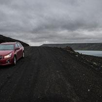 Über kleine Passstrassen  Richtung Reykjavik