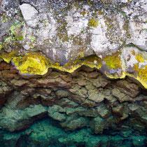 Pingvellir - tektonische Platten mit heissen Quellen