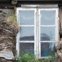 Uummannaq - Torfsteinhaus