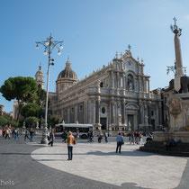 Catania - die Kathedrale ist der heiligen Agatha geweiht, der Schutzpatronin von Catania.
