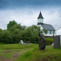 Pingvellir -Kirche mit Friedhof