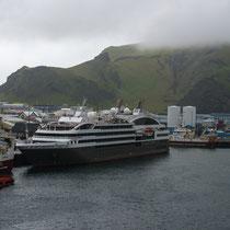 Hafen von Heimaey