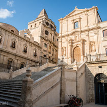 Noto - Unter den Arabern (ab 892 n.Chr.) erlangte die Stadt im Mittelalter überregional Bedeutung und war bis 1091 die letzte muslimische Bastion in Italien.