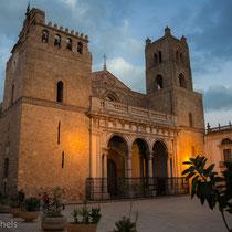 Monreale - Kathedrale mit romanischem Baukörper.