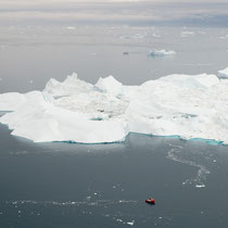 Die Gletscherzunge hat sich in den letzten 10 Jahren um ca. 15 km zurückgezogen