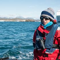 Unsere Kapitänin - Dr. Julietta Pedrana - als Expertin für Wale und Robben an Bord