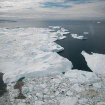Bei Ilulissat erreichen die Eisberge den Atlantik