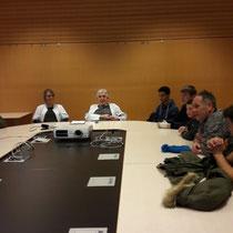 Dr. Lindenbauer informiert die PTS - Traun über die  Suchtproblematik