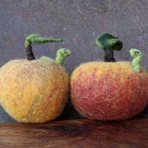 Apfel | Apple |   18 €   | Ø ca. 10 cm