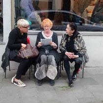 mit Doris Pötz (links)