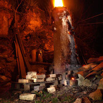 La cheminée du four et sa langue de feu