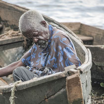 #uganda #lake #victoria #work #africa #sky #streetphotography #travel #eastafrica #fishermen #portrait