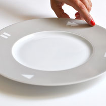 PLAY'TE DINNERWARE - 4 plates -  LIMOGES * 145 euros