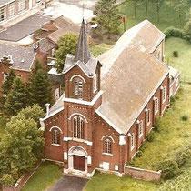 Eglise des Saints Anges gardiens, Surlemez, Vue aérienne, date inconnue, copyright : F Eglise de Surlemez