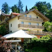 Haus Hildegard*** im Sommer
