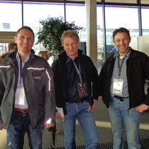 Marco Buchmann und Martin Som von huwag Nutzfahrzeuge AG, Linus Flammer von Haueter Kran AG