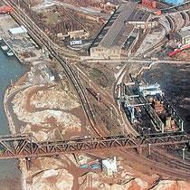 Quelle n.b. Das Luftbild zeigt die Nutzung des Geländes einer Reclingfirma vom Kultushafen bis zum Nordhafen.