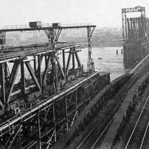 Blickrichtung nach Wanheimerort und Hochfeld. Bauarbeiten 1926. Quelle: Stadtarchiv Duisburg
