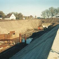 Hafenrückbau, Erstellung der Kanalsohle für den Dickelsbach-Kanal, Aufnahme-Datum: 1988