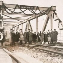 Einweihung der Brücke 1927. Quelle: Stadtarchiv Duisburg