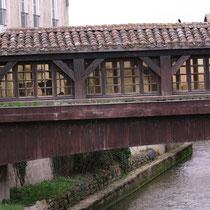 Pont couvert sur la Chalaronne