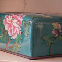 ceramic tissue box