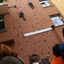 Die Kletterwand reizte viele Kinder