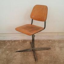 Chaise enfant d'atelier vintage