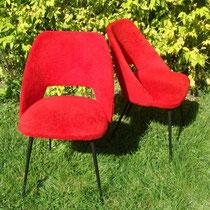 chaises moumoutes rouge
