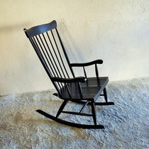 Rocking chair à barreaux noir vintage