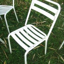 6 chaises de jardin à lattes métalliques vintage