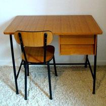 ensemble bureau et chaise en formica