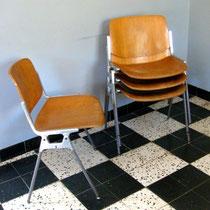 Série de 4 chaises DSC106 Castelli Piretti
