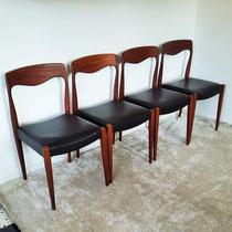 Suite de chaises teck type scandinave vintage