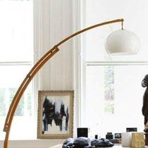 Lampe arc en bois