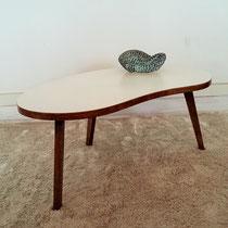 Petite table palette tripode