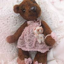 Мишутка Машенька с мишкой Мишенькой