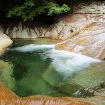 美しい水を眺めているだけでココロのお洗濯ができます