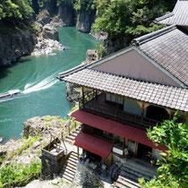 国特別名勝の大渓谷:瀞渓(どろきょう)の瀞ホテル