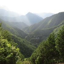 上北山村の神々しい山々