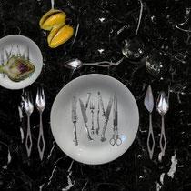 TABLE SETTING, DARK DINNER, 2020 - Gio Ponti Domus cutlery for Fraser's italy, set of 20, priTABLE SETTING, DRK DINNER, 2020 Giuseppe Piovesan hand print on Royal Copenhagen, 2015 - 12 Lobmeyr iridescent Wiener Werkstätte - Eero Saarinen table.
