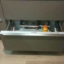 réfrigérateur à Tiroir pour garder la fluidité des lignes tiroir inférieur,cuisine design-cuisiniste toulouse