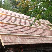 Holz Schindeldach aus Lärche www.ritterschindl.at